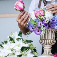 Co warto wiedzieć o kwiatach sztucznych?